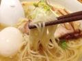 [千駄木][谷中][日暮里][ラーメン][餃子]程よいコシな三河屋製麺の中細ストレート麺との相性もバッチリ