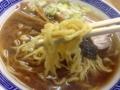 [浅草][田原町][ラーメン]プリプリとした食感の中太縮れ麺がまたいいね!