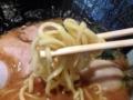 [南麻布][麻布十番][白金高輪][ラーメン]由緒正しき家系ラーメン店のみ使用できる酒井製麺の極太麺