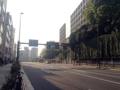 [三田][田町][ラーメン][ラーメン二郎]三田本店の前を走る大通りはなんと国道1号(桜田通り)