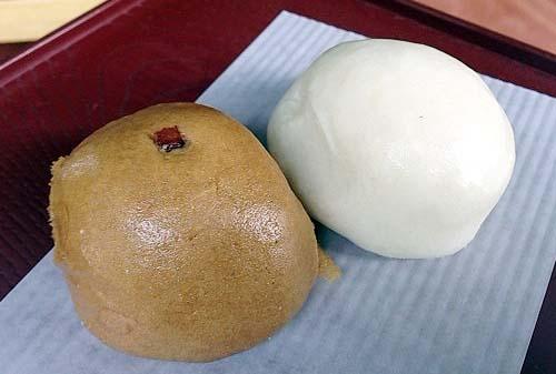 つぶ餡とこし餡、2つで1つな「中村屋羊羹店」の古代女夫饅頭