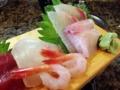 [和食][寿司・魚介類]おまかせなので何が盛られるかはその時次第ってヤツです
