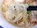 [本鵠沼][ラーメン][丼もの][餃子]出色な出来栄えのスープの味を壊さない個性控えめな中細ストレート麺