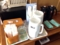 お冷やお茶、ウェットティッシュは各自セルフサービスで