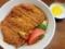 鳥取「武蔵屋食堂」のケチャップあんかけ風牛肉カツ丼720円