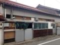 [鳥取][境港][ラーメン][チャーハン]長屋風の造りをした「蓬莱」前に到着。いい、すっごくいい