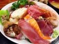 [入谷][鶯谷][和食][丼もの][寿司・魚介類][定食・食堂][居酒屋]約20種類のネタてんこ盛り!入谷「割烹 さいとう」の海鮮丼1,050円