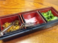 [入谷][鶯谷][和食][丼もの][寿司・魚介類][定食・食堂][居酒屋]卓上に漬け物もしっかり用意されていました