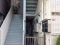 [高円寺][カフェ・喫茶店][漫画]一見何の変哲のないビルにお店を構えるあたりが高円寺っぽいですね