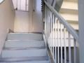 [高円寺][カフェ・喫茶店][漫画]立て看板こそありましたが、人ん家にお邪魔する感覚で階段をダダダン