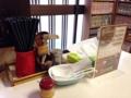 [倉吉][ラーメン][おでん]卓上調味料は胡椒、おろしニンニク