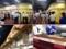 18番ゲートの鉄板焼き専門店「ルウジャパン」のウインナー盛合せ