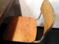 [高円寺][ラーメン]学生時代にお世話になったレトロな学校椅子