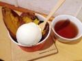 [恵比寿][菓子][アイス][甘味処][カフェ・喫茶店]寒い時期のイートインだと温かいほうじ茶をグビグビできます