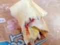 [秋田][パン]折りたたんでアベックトーストダブル風に楽しむのだってきっとアリ