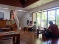 [沖縄][那覇][沖縄そば]掃除と丁寧かつ細やかな接客が行き届く50席の大型店