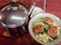 [沖縄][名護][沖縄そば]セルフ出汁かけ!名護「八重食堂」のソーキそば小500円