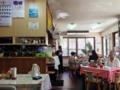 [沖縄][那覇][沖縄そば]昼下がりに地元民と肩を並べて食べる料理、何だかありがたい