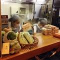 [名古屋][和食][弁当・おにぎり]12:00~14:00の2時間以外はテイクアウトのみでの販売