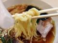 [新橋][ラーメン]こだわりの中太多加水麺をモニニニニングと啜り込む!