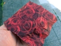 [秋田][アイス]バラ盛りに包み紙までもがバラ、ちょっとしたお土産感覚