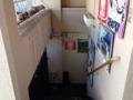[信濃町][四谷三丁目][国立競技場][カフェ・喫茶店][中南米料理][ペルー][漫画][孤独のグルメ]階段を下りて地下1階のお店に入ります