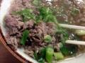 [大阪][千日前][和食][蕎麦][うどん][定食・食堂]肉吸いと同料金の肉うどん(650円)よりもきっと多いであろう牛肉