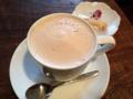 [西日暮里][谷中][パン][コーヒー][カフェ・喫茶店]コーヒーゼリーで冷えたカラダを温めるように、ホットカフェオレ