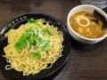[銀座][銀座一丁目][宝町][ラーメン][つけ麺][丼もの]最大400gまで麺増しできる銀座「香味徳」の魚介牛骨つけ麺