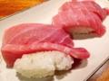 [沖縄][石垣島][和食][寿司・魚介類][居酒屋]マグロの大トロと中トロにぎりが2貫ずつ