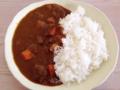[沖縄][石垣島][沖縄そば][カレー][定食・食堂]「この肉って何肉?」なんて疑問は不要。牛肉ゴロゴロなカレーライス