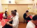 [神田][ラーメン][餃子][中華]カウンター5席×2+2名掛けテーブル5卓で計20席の店内