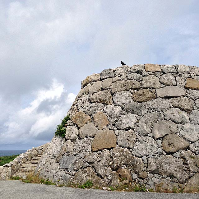 海に最も近い展望台のひとつ「底名溜池展望台」@沖縄・波照間島