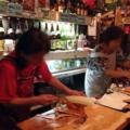 [沖縄][那覇][郷土料理][肉][居酒屋]あまりに忙しい時はヘルプも登場しますが、基本的にワンオペ