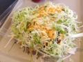 [沖縄][金武][郷土料理][中南米料理][タコライス]レタスをシフトすることで見えてくるチェダーチーズ層