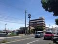 [沖縄][北谷][定食・食堂][郷土料理]お店目の前の大通りは沖縄県道23号沖縄北谷線