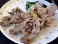[沖縄][北谷][定食・食堂][郷土料理]これはこれで何かの煮込み料理ともとれますね