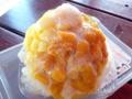 [沖縄][恩納村][菓子][かき氷][カフェ・喫茶店]黄身を割った直後の卵かけご飯を彷彿とさせる艶めかしさ