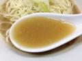 [王子][王子神谷][ラーメン]煮干しがビシリと効いた魚介系醤油スープ