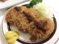 [千駄木][谷中][日暮里][洋食][パスタ][焼きそば][定食・食堂]東京・千駄木の老舗洋食屋「キッチン マロ」のおつまみメンチカツ