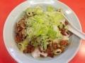 [浅草][ラーメン][餃子][丼もの]刻みネギ以外は純粋に鶏レバーのみって意味で純レバ丼