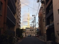 [浅草][ラーメン][餃子][丼もの]ちょろっと歩けば、路地から臨む東京スカイツリー