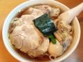 [神保町][ラーメン][チャーハン][餃子][中華]神保町「たいよう軒」の味玉チャーシューワンタンメン