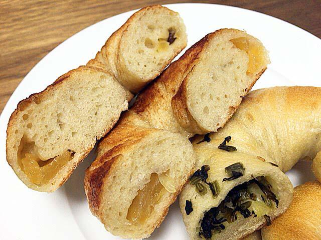 焼きりんごベーグル&野沢菜ベーグルの断面@上北沢「kepo bagels(ケポベーグルズ)