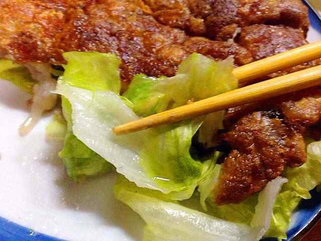 敷き野菜のレタスで口直し@沖縄県那覇市「おでん東大」
