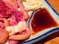 [沖縄][那覇][郷土料理][肉][居酒屋]刻みニンニクをクルンと巻くように平らげても良いですね