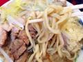 [目黒][中目黒][ラーメン][ラーメン二郎]「ラーメン二郎 目黒店」の小ラーメンW豚入りヤサイニンニク