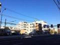 [武蔵関][東伏見][ラーメン][ラーメン二郎]澄み切った青梅街道から見る青空