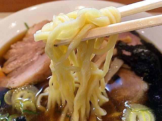 ツルツルシコシコの自家製麺@新橋「ほりうち」