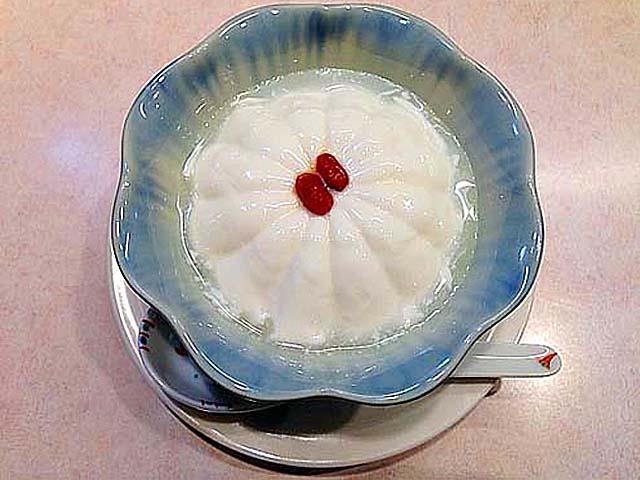 漢方薬の苦味がホントに美味しい正式杏仁豆腐@千駄木「神名備」